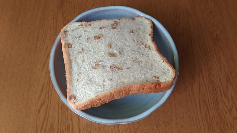 ライ麦パンそのままの写真