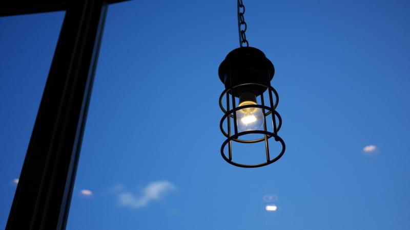 コーヒー店の青空