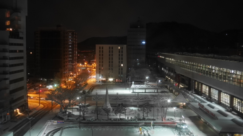 早朝の福島駅西口