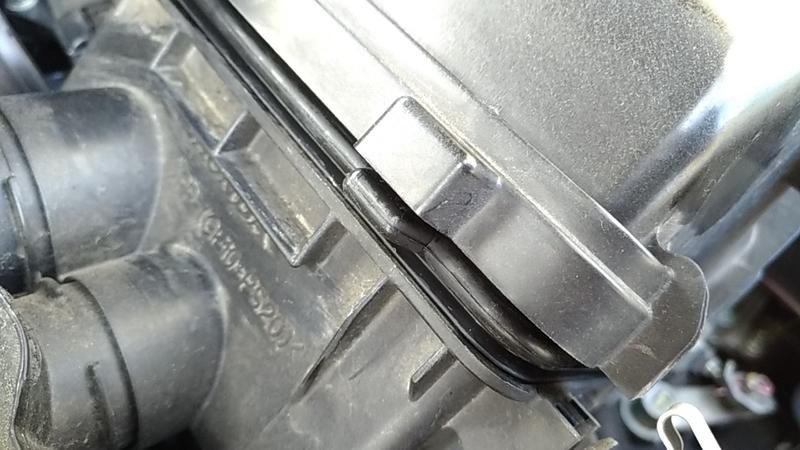 フィルター枠の突起部分
