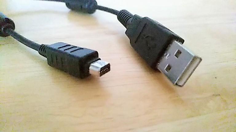オリンパスデジカメ用PC接続ケーブル