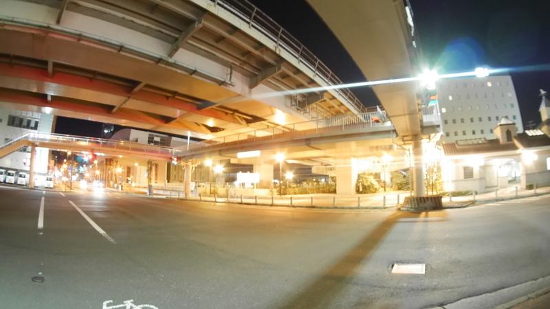 魚眼レンズで撮る夜の街