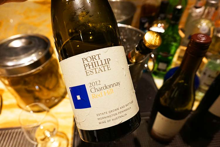 シルバークリスラウンジ(First class)ワイン