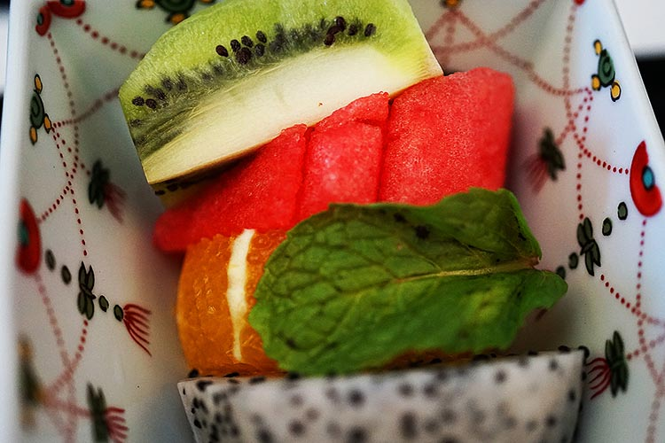 ANA ビジネスクラス 機内食 フルーツ