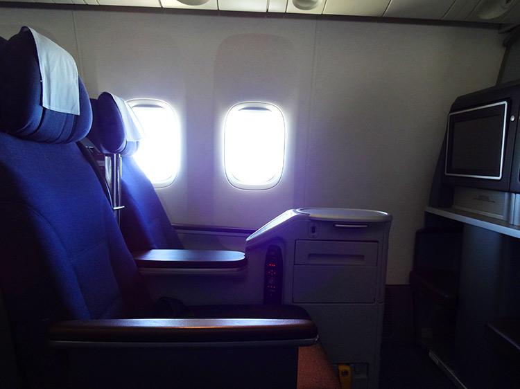ユナイテッド航空 ビジネスクラス 機内