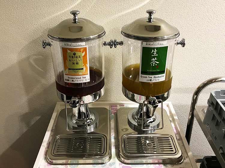 函館空港ラウンジ ドリンクマシーン3