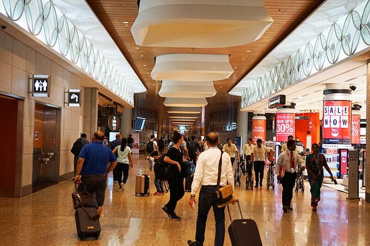 ムンバイ空港1