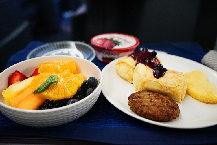 UA ビジネスクラス機内食