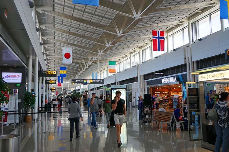ワシントンダレス空港