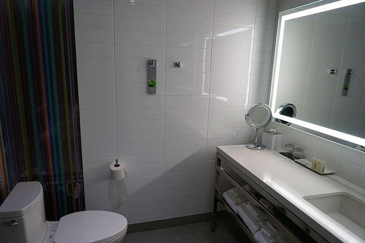 シャワールーム2