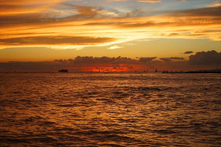 ハワイの日没