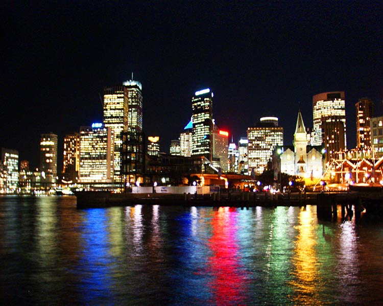 2000年のシドニーの夜景