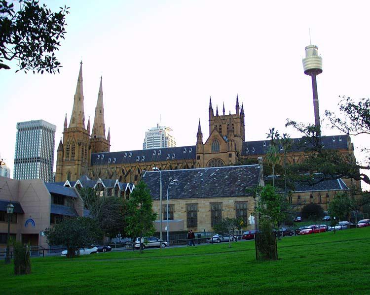 2000年のセント・メアリー大聖堂