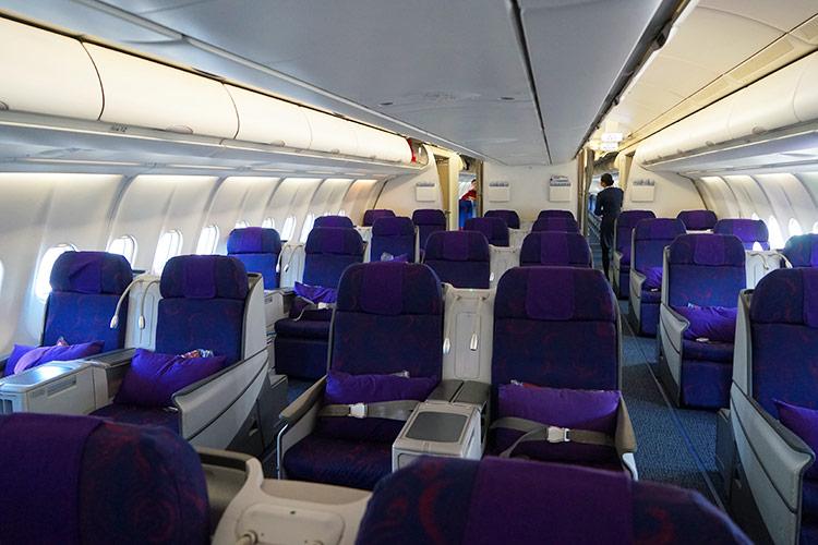 A330機内 CAビジネスクラス