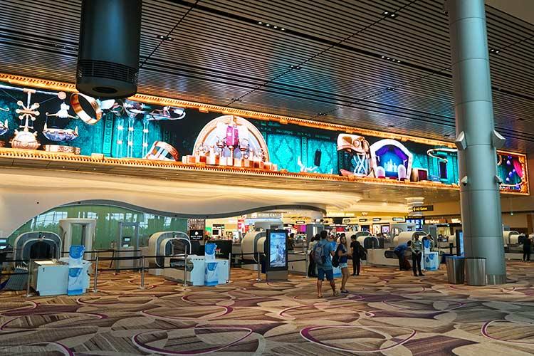チャンギ空港ターミナル4手荷物検査