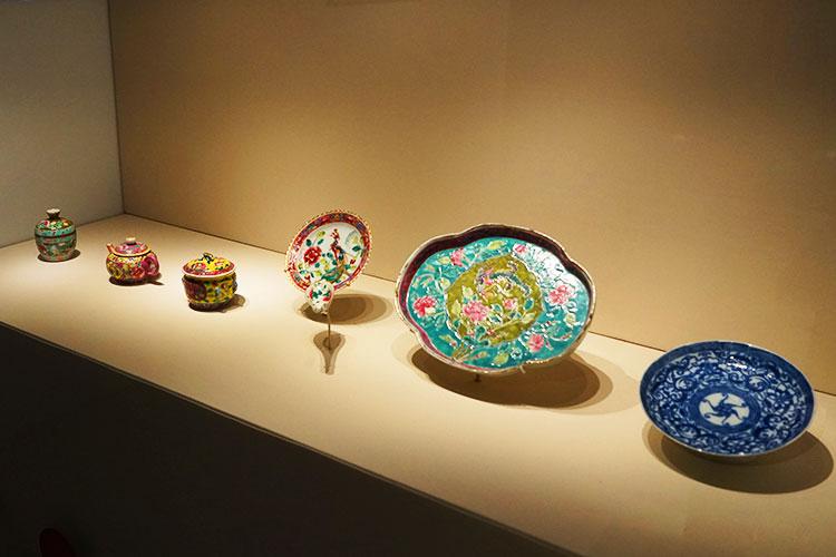 プラナカン・ギャラリー 陶器