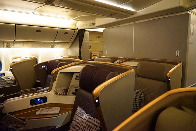 シンガポール航空ビジネスクラス機内