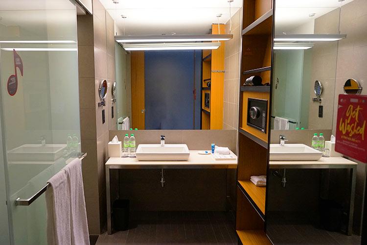 シャワールーム アロフト クアラルンプール セントラル