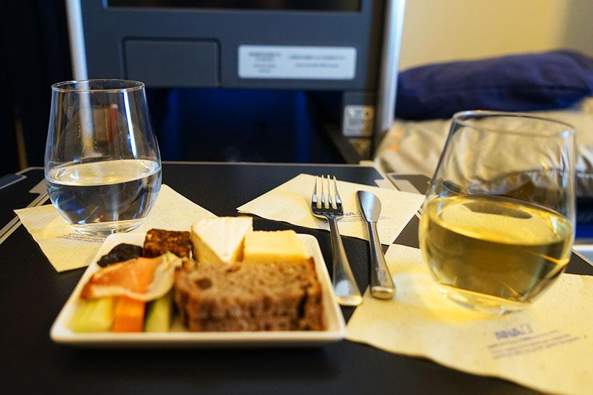 機内食チーズプレート