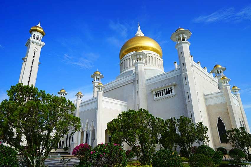 スルタン・オマール・アリ・サイフディン・モスク