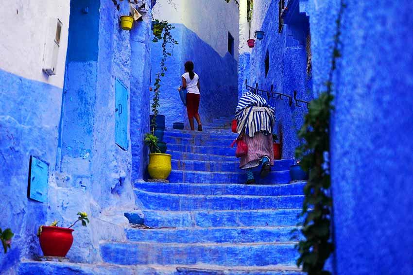 青の街並み