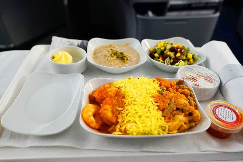 着陸前の機内食