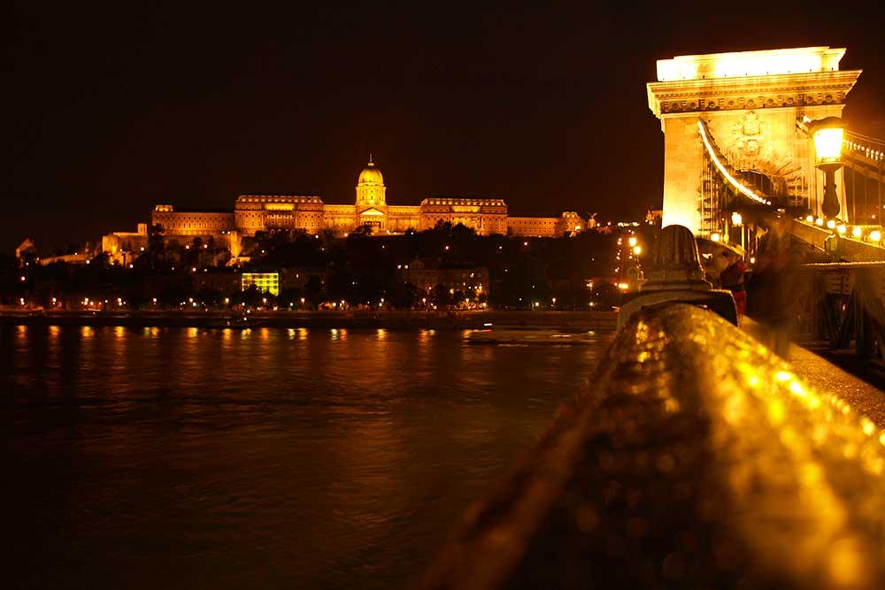 ブダペスト鎖橋 夜景