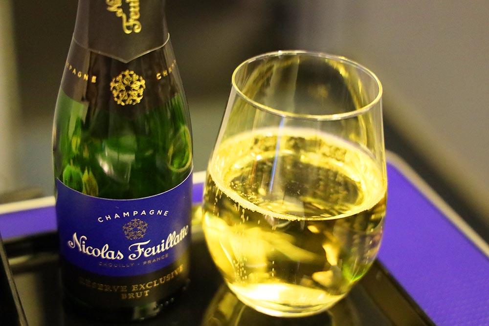 プレミアムクラス シャンパン