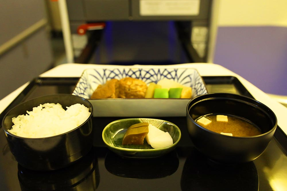 ANA機内食主菜