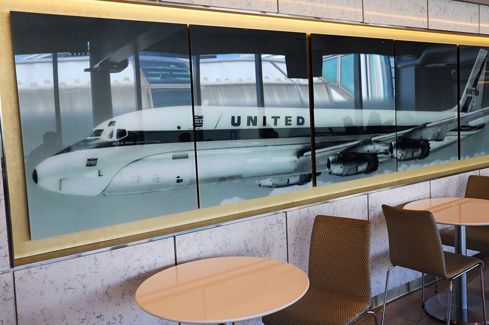 ユナイテッドDC8 機体写真
