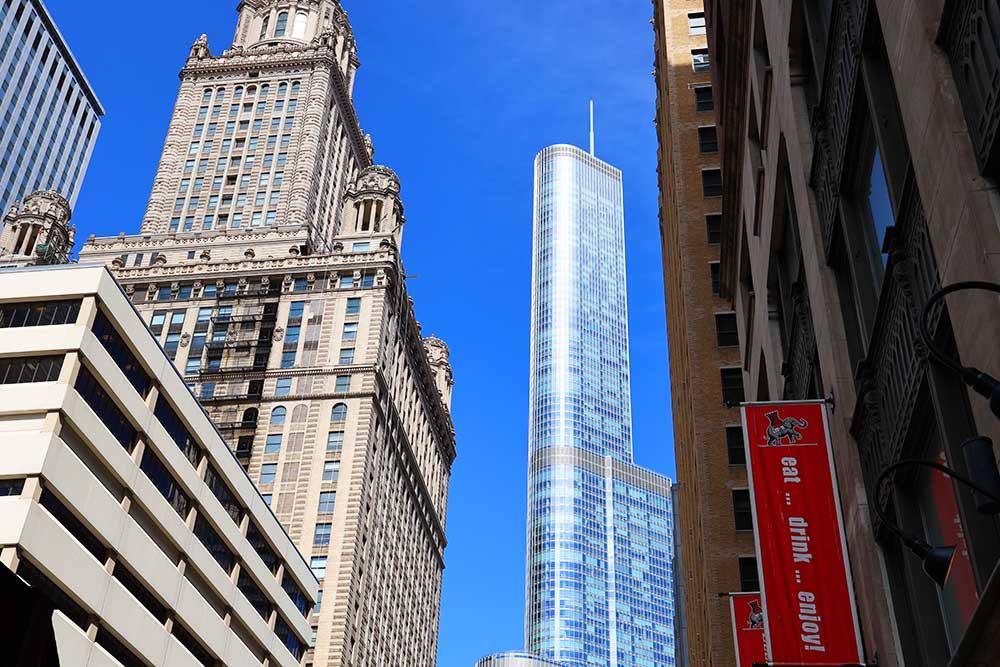市内からのトランプタワー