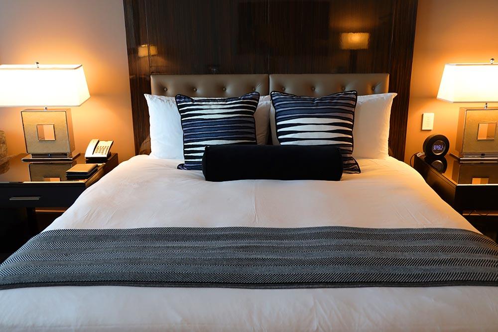 トランプタワー ホテル シカゴ ベッド