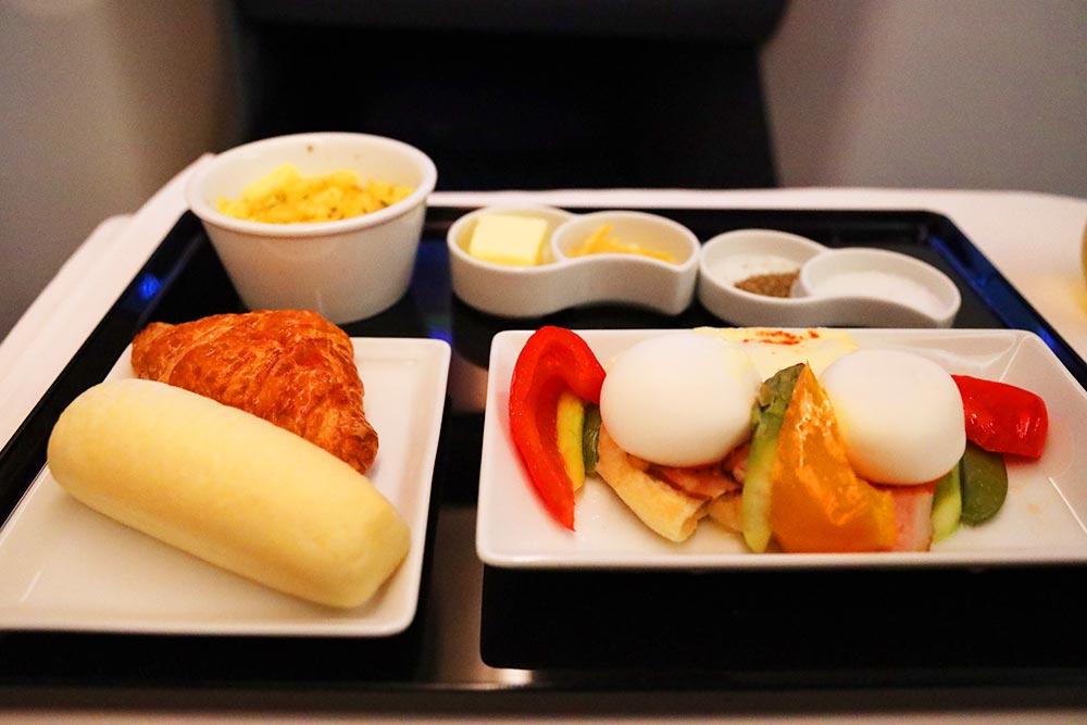 ANA ビジネスクラス 洋朝食