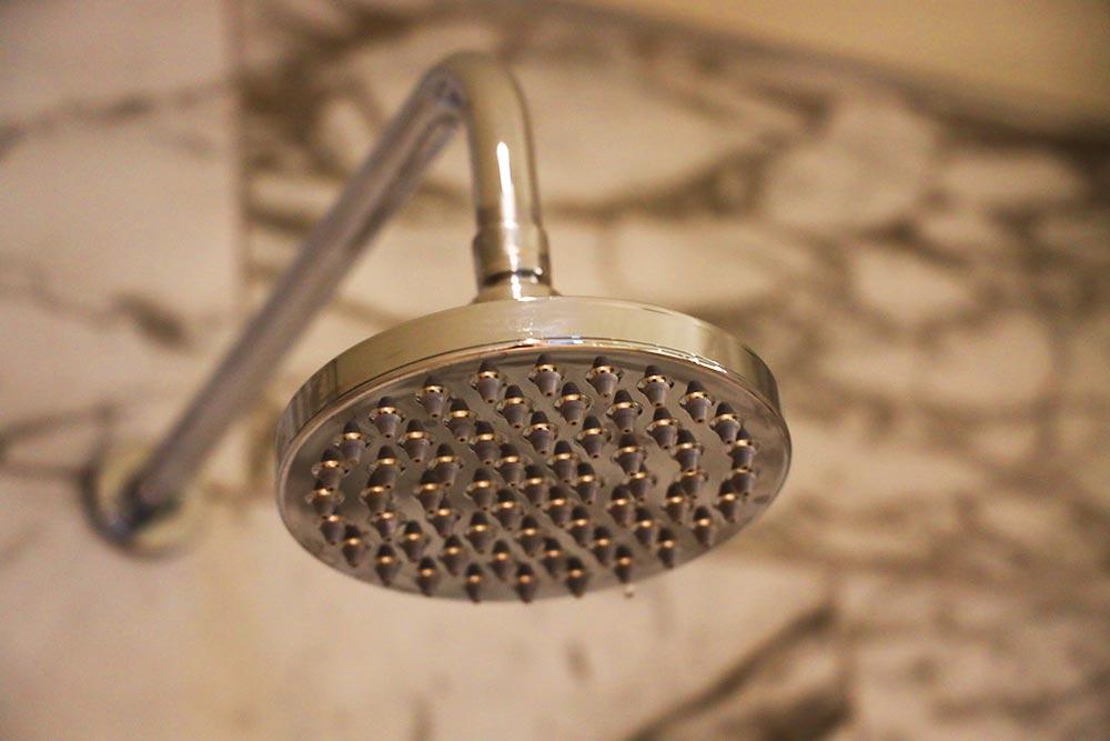 コンラッドワシントン シャワー