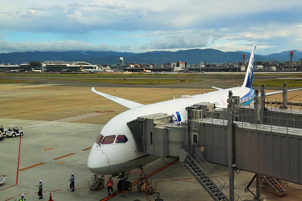 ボーイング787-9 福岡空港