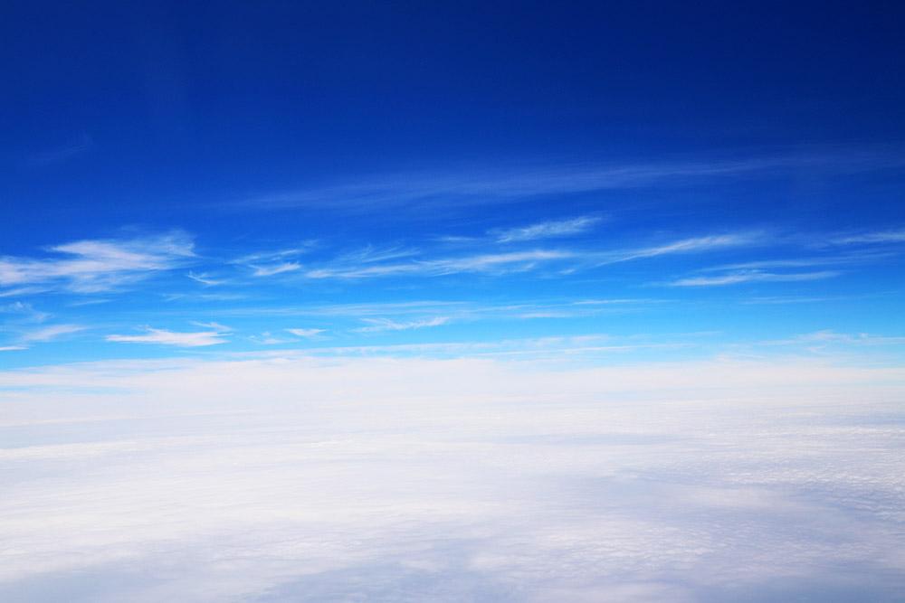 晴天の上空