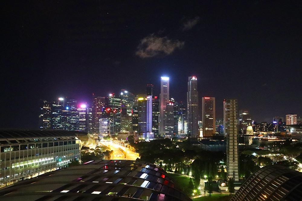 JW MARRIOTT HOTEL SINGAPORE SOUTH BEACH 夜景