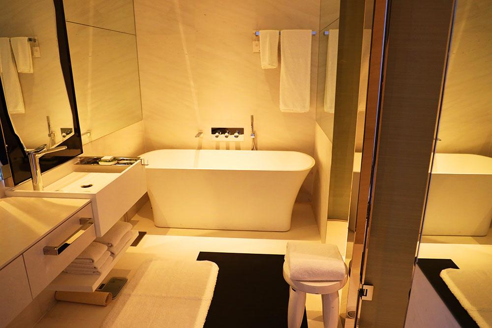 JW MARRIOTT HOTEL SINGAPORE SOUTH BEACH バスルーム