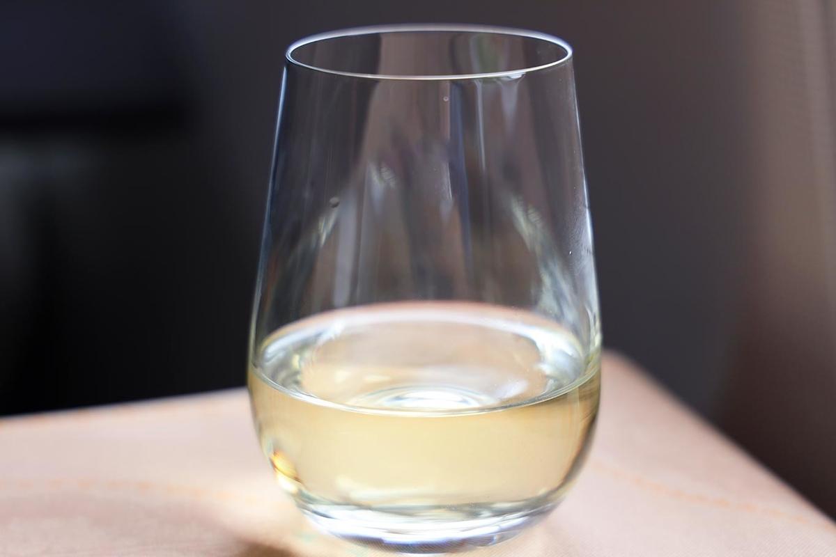 エバー航空ビジネスクラス 機内食 ワイン