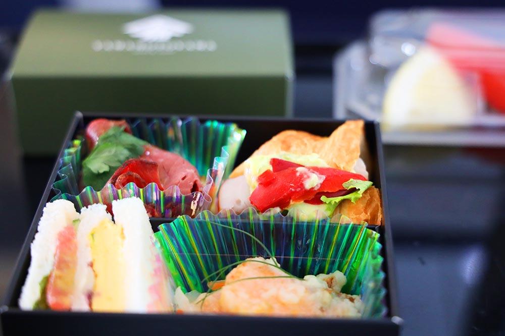 ANA A321neo プレミアムクラス 軽食