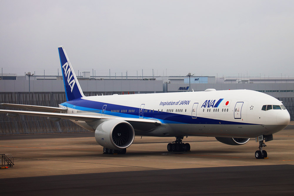 ANA B777-300ER THE Room仕様機