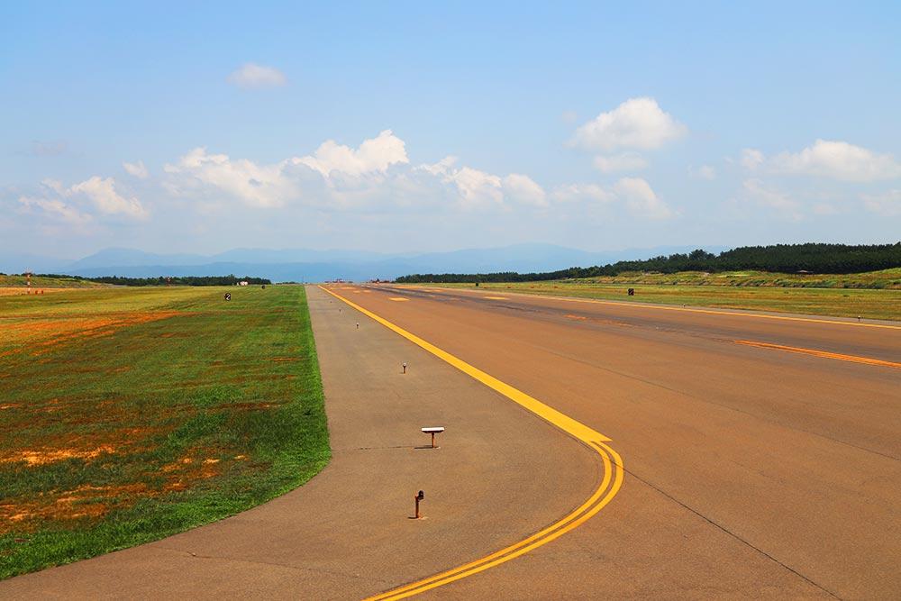 庄内空港滑走路