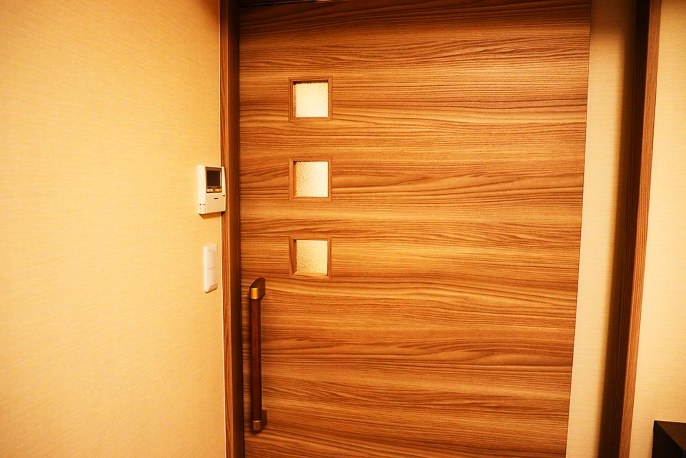 二つ目のドア