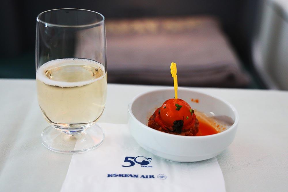 大韓航空ビジネスクラス シャンパン