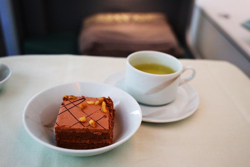 大韓航空ビジネスクラス デサート ケーキ