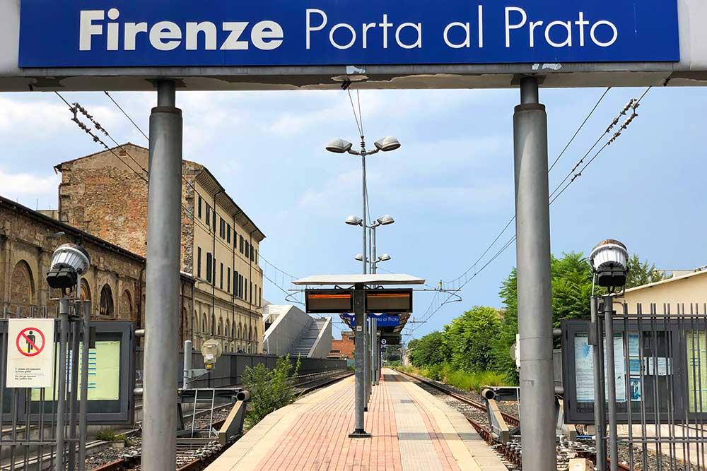 ポルタ・アル・プラート駅