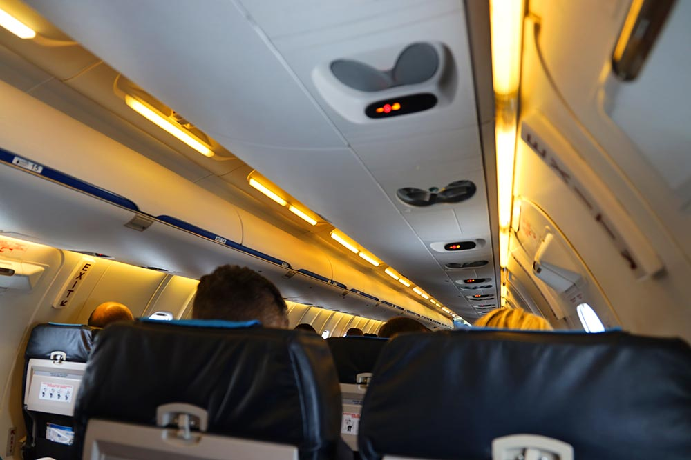 CRJ機内