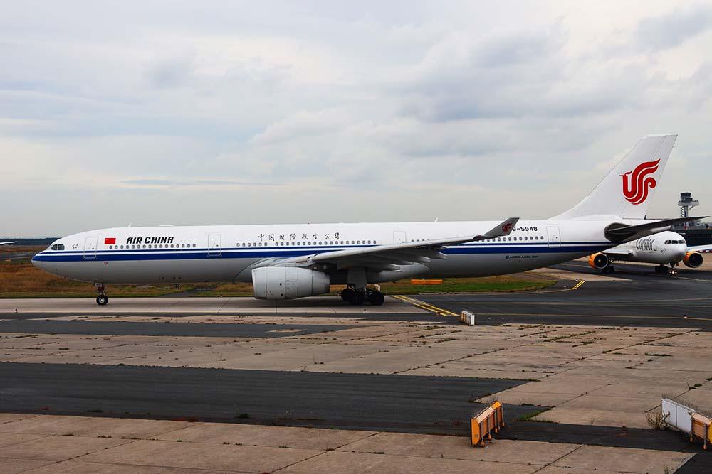 国航A330