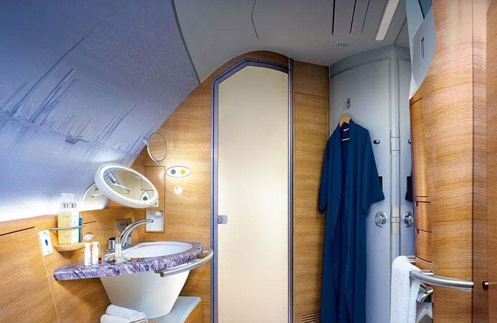 A380 シャワールーム