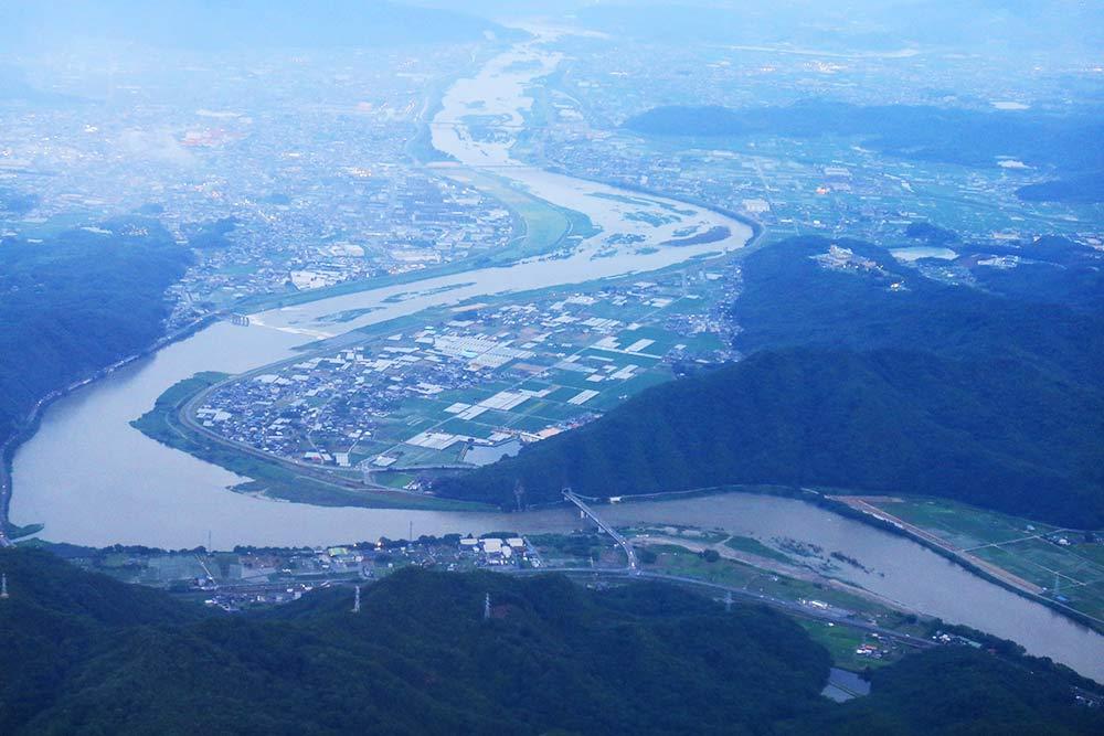 岡山県上空
